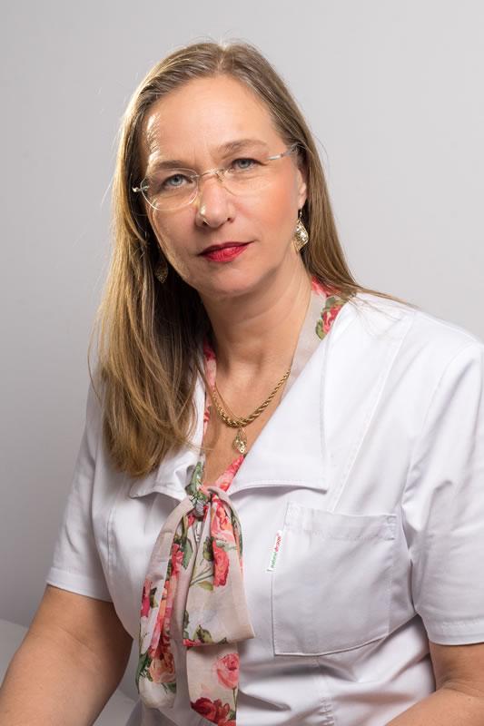 dr  cristina calangiu